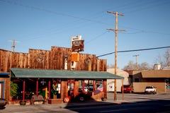 Mexiko-amerikanisches Restaurant im historischen Dorf der einzigen Kiefer - EINZIGE KIEFER CA, USA - 29. MÄRZ 2019 stockbild