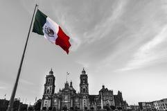 Mexiko City, Flagge des Winds Mexiko stockbild