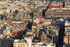 Mexiko- Citykathedrale und historische Gebäude Lizenzfreies Stockbild