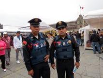 Mexiko- Citypolizeibeamten stockfoto