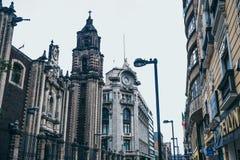 MEXIKO - 20. SEPTEMBER: Archictecture fand in Mexiko City im Stadtzentrum gelegen Stockfotografie