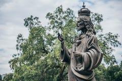 MEXIKO - 20. SEPTEMBER: Jesus-Statue an Tepeyac-Hügeln hinter Basilika von Guadalupe Square Stockfotografie