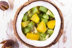 Mezcla de la fruta de un kiwi y Imagenes de archivo