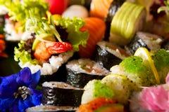 Mezcla del sushi Imagenes de archivo