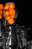 Mezclador de la cocina con los mandarines imagenes de archivo