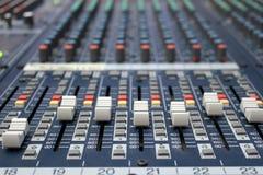 Mezclador de sonidos Fotos de archivo libres de regalías