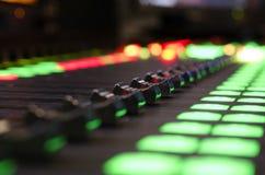 Mezclador de sonidos de Digitaces imagen de archivo libre de regalías