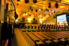 Mezclador de sonidos en el evento vivo Imagen de archivo