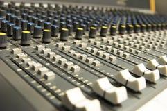 Mezclador del sonido y de la música Imagen de archivo libre de regalías