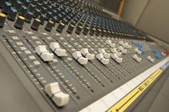 Mezclador del sonido y de la música Fotografía de archivo libre de regalías