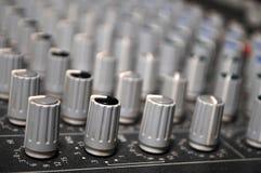 mezclador para DJ en la boda Foto de archivo