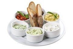 Mezedepolion -希腊meze 希腊快餐用油煎方型小面包片 免版税库存照片