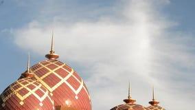 Mezquita Baitul Izzah Tarakan, Indonesia almacen de metraje de vídeo