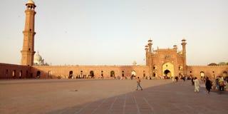 Mezquita de Badshahi fotografía de archivo libre de regalías