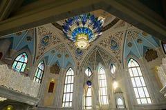 Mezquita de Kul Sharif en Kazán Rusia durante invierno fotos de archivo
