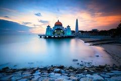 Mezquita de los estrechos de Malaca Fotos de archivo libres de regalías