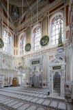 Mezquita de Ortakoy en Estambul, Turquía Imagenes de archivo