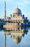 Mezquita de Putra Foto de archivo libre de regalías