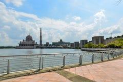 Mezquita de Putra Fotos de archivo