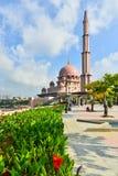 Mezquita de Putra Imágenes de archivo libres de regalías