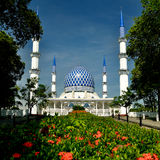 Mezquita de Salahuddin Abdul Aziz Shah del sultán Imagenes de archivo