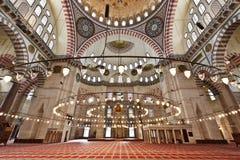 Mezquita de Suleymaniye en Estambul Turquía - interior imagen de archivo