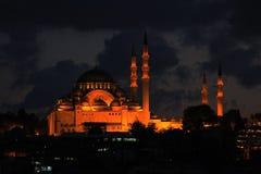 Mezquita de Suleymaniye en la noche Imagen de archivo libre de regalías