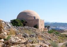 Mezquita de Sultan Ibrahim dentro del Fortezza de Rethymno, isla de Creta, Grecia imagenes de archivo