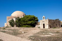 Mezquita de Sultan Ibrahim dentro del Fortezza de Rethymno, isla de Creta, Grecia foto de archivo libre de regalías