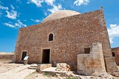 Mezquita de Sultan Ibrahim en el top del Fortezza Crete, Grecia imagen de archivo