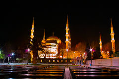 Mezquita de Sutlanahmet en la noche Foto de archivo