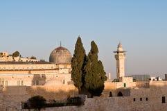 Mezquita del al-Aqsa de Jerusalén en la puesta del sol encima del Imagen de archivo