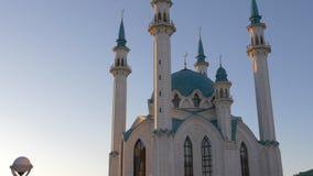 Mezquita del sharif de Kul en Kazán el Kremlin Rusia metrajes
