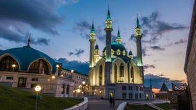 Mezquita del sharif de Kul en Kazán el Kremlin Rusia, timelapse, paisaje urbano de igualación hermoso almacen de video