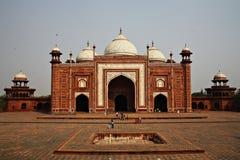 Mezquita en el complejo del Taj Mahal, Agra, la India Fotografía de archivo libre de regalías