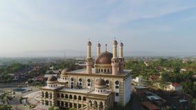 Mezquita en Indonesia almacen de video