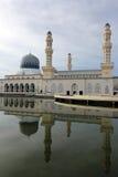Mezquita flotante en Kota Kinabalu, Sabah Foto de archivo