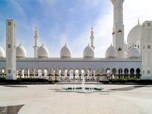 Mezquita magnífica Abu Dhabi Foto de archivo