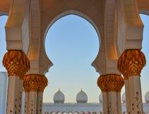 Mezquita magnífica de Abu Dhabi, UAE imágenes de archivo libres de regalías