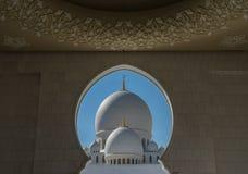 Mezquita magnífica Sheikh Al Zayed en Abu Dhabi Fotografía de archivo