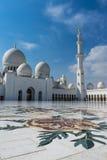 Mezquita magnífica Sheikh Al Zayed en Abu Dhabi Imágenes de archivo libres de regalías
