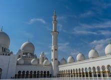Mezquita magnífica Sheikh Al Zayed en Abu Dhabi Fotografía de archivo libre de regalías