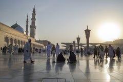 Mezquita por la mañana, Medina, la Arabia Saudita de Nabawi Fotos de archivo libres de regalías