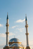 Mezquita y alminares Fotos de archivo