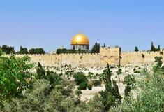 Mezquita y Golden Dome de la roca, Jerusalén del al-Aqsa Fotos de archivo