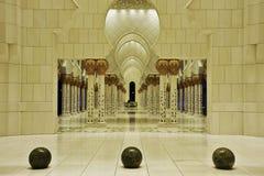 Mezquitas UAE de jeque Zayed Imagenes de archivo