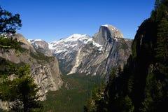 Mezza cupola in parco nazionale di Yosemite in primavera Fotografia Stock Libera da Diritti