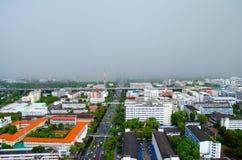 Mezza pioggia nella città Immagine Stock
