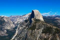 Mezza vista della traccia della cupola, parco nazionale di Yosemite fotografia stock libera da diritti