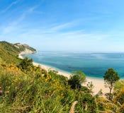 Mezzavalle-beachÑŽ adriatisches Meer des Sommers Stockfoto